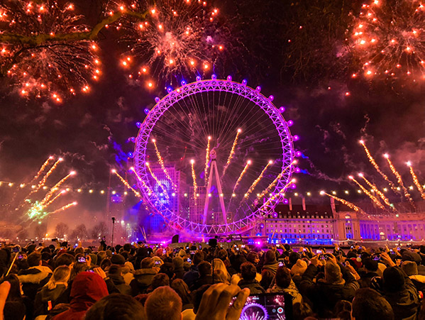 new year fireworks around the London Eye